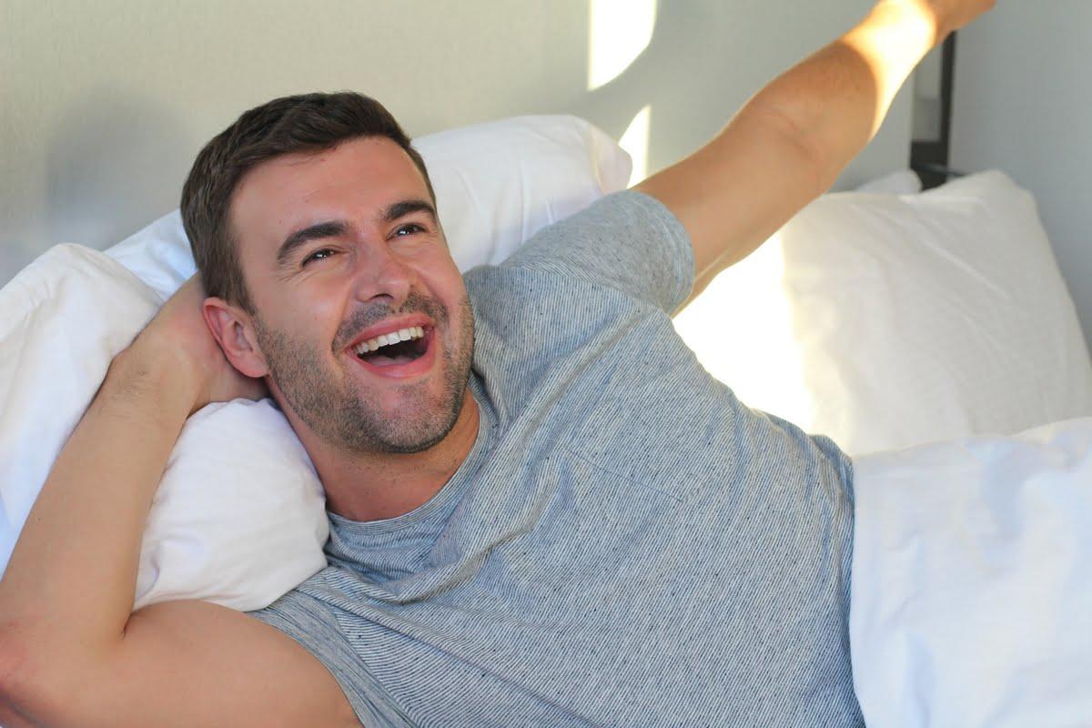Sonno e mal di schiena: come scegliere il materasso giusto e dormire meglio