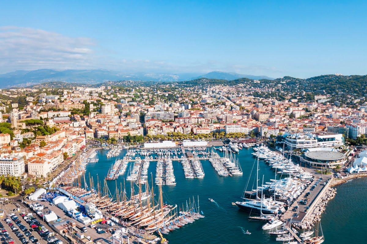 Veduta aerea di Cannes